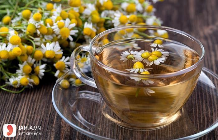 Nhuộm tóc vàng với trà hoa cúc