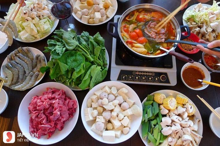 Quán ăn ngon ở Hà Nội vào buổi tối-lẩu bò nhúng dấm 555