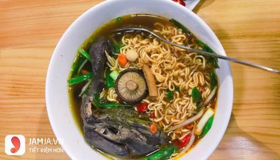 Quán ăn ngon ở Hà Nội vào buổi tối 4