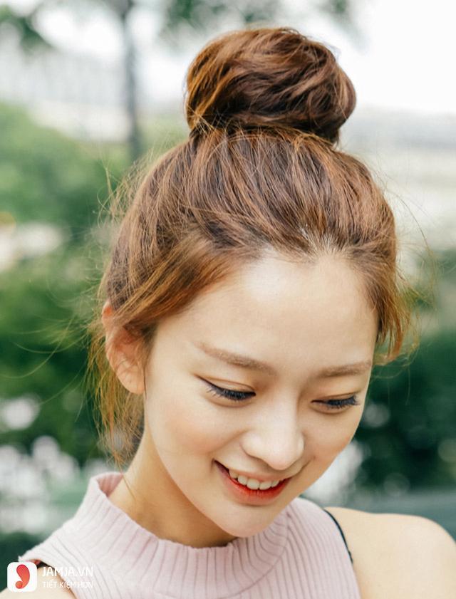 Tham khảo thêm một số kiểu tóc hợp với khuôn mặt tròn trán cao