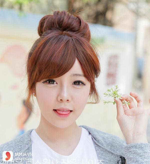 tóc mái hợp với khuôn mặt tròn trán ngắn 5