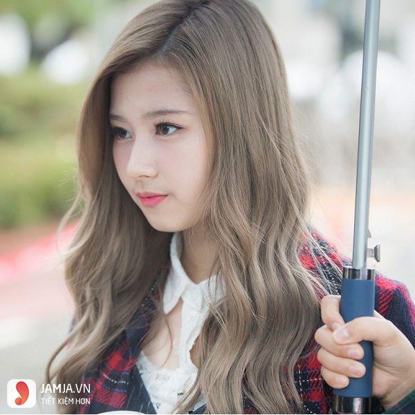 tóc màu nâu caramel 17