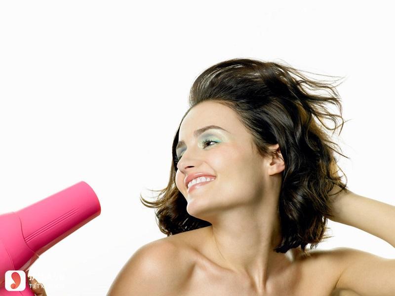 tóc tém cụp ôm sát mặt 9