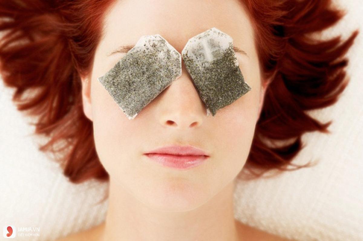 cách chữa vết bầm tím ở mắt bằng chườm ấm