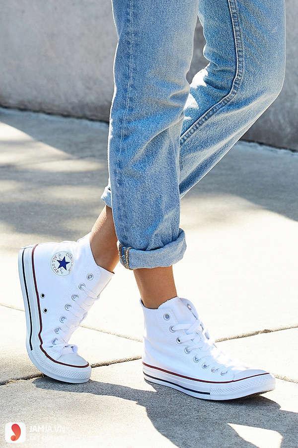 Cách giặt giày Converse trắng 2