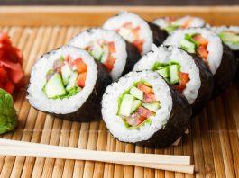 cách làm sushi kiểu Việt