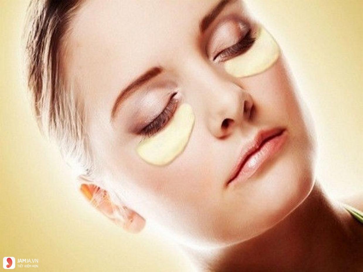 cách chữa vết bầm tím ở mắt bằng khoai tây