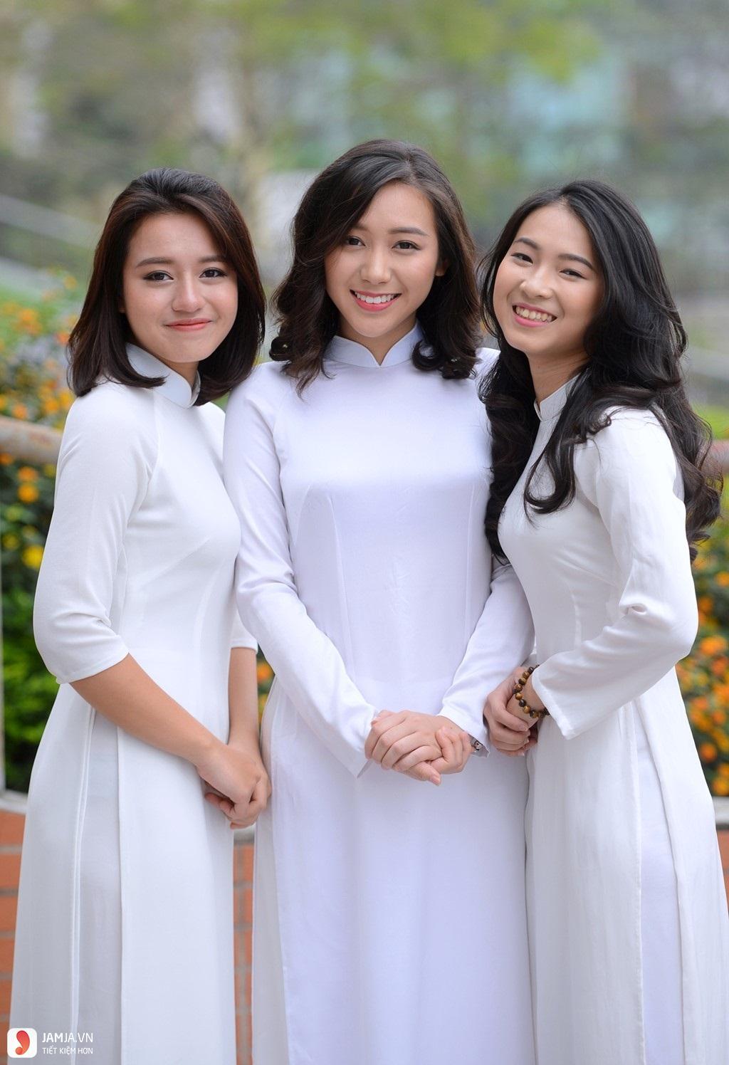 Các kiểu áo dài trắng nữ sinh đẹp-3