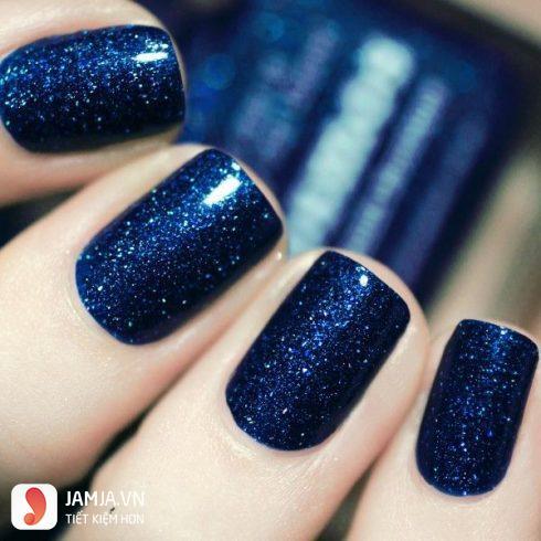 Các loại sơn móng tay màu xanh lam nhũ 2