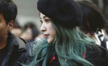 Nhuộm tóc màu xanh rêu trầm
