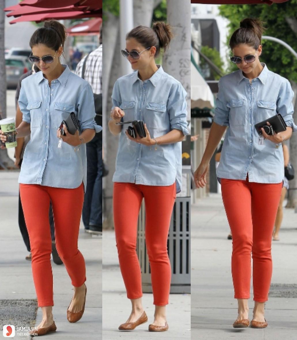 Quần màu đỏ kết hợp với áo màu gì 2