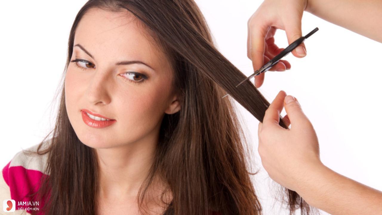 nguyên nhân khiến tóc khô xơ 3