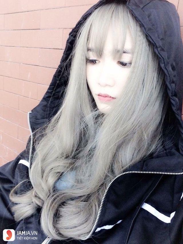 tóc màu xám khói làm sáng da