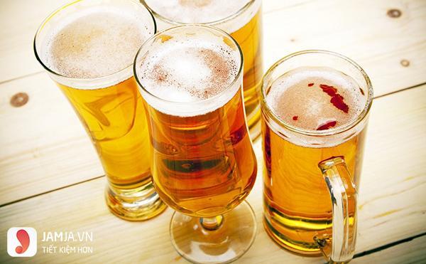 Tắm trắng bằng bia tươi