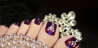 các mẫu nail đính đá móng chân