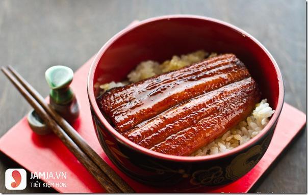 Cách chế biến cơm lươn kiểu Nhật 2