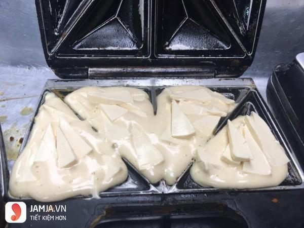 Cách làm bánh từ trứng và sữa 2