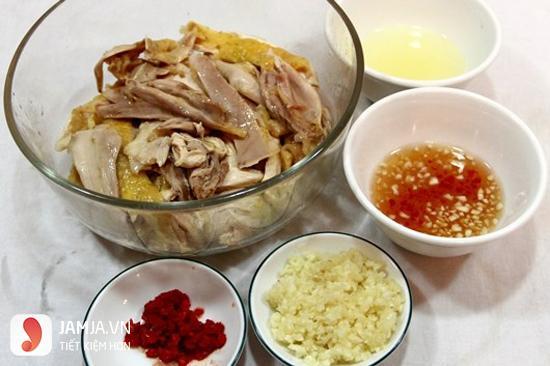 cách làm gỏi gà bắp chuối 2