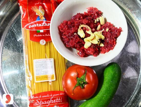 cách làm mì xào sốt cà chua 3