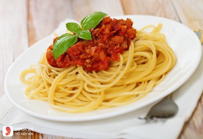 cách làm mì xào sốt cà chua 6