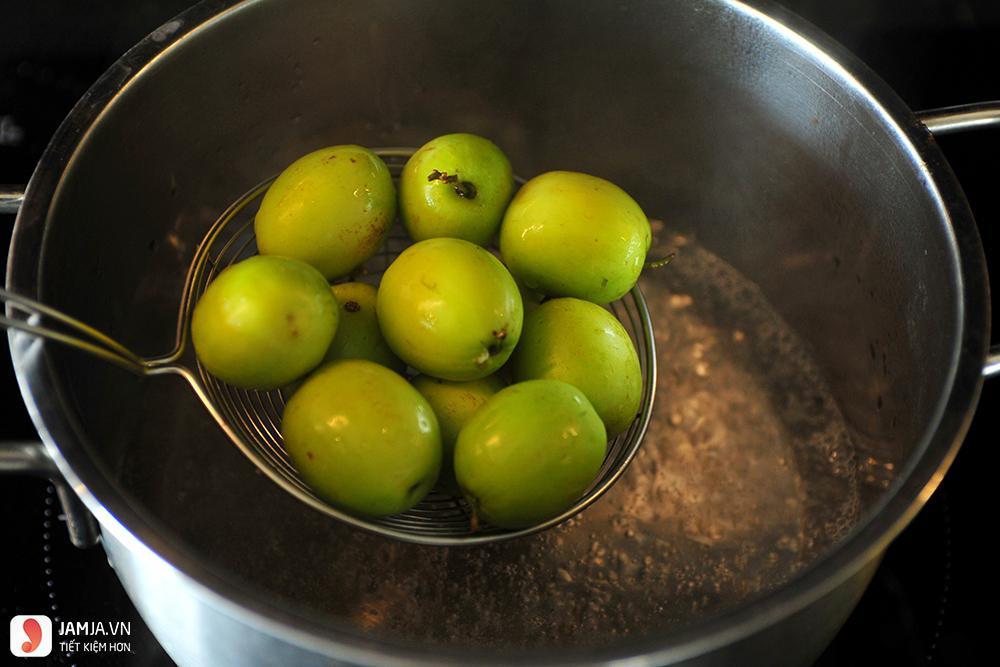 Cách làm mứt táo xanh - 3