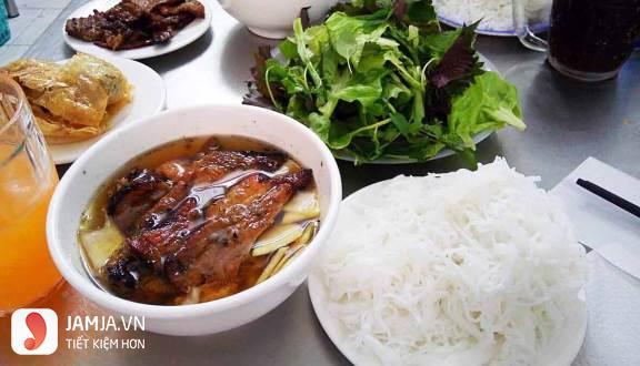 Đôi nét về món bún thịt nướng 3