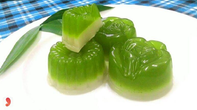 Cách làm rau câu lá dứa không bị đắng - 1
