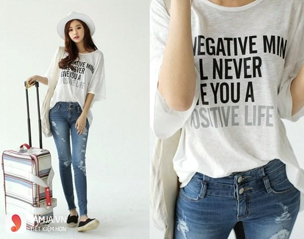 Cách phối áo thun với quần jean cho nữ 4