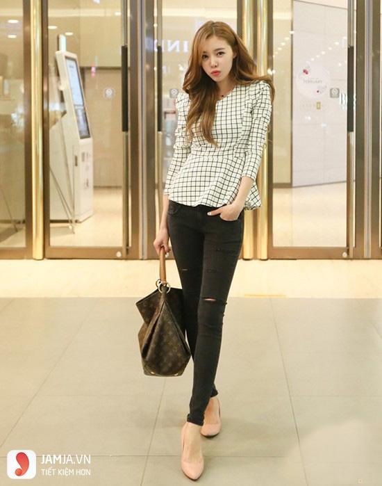 Cách phối đồ với quần jean nữ và áo peplum 2