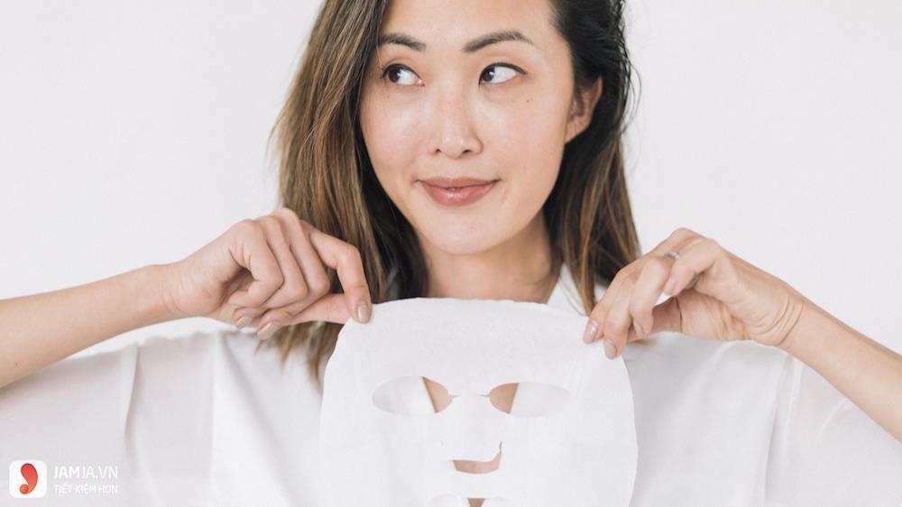 Những lưu ý để đắp mặt nạ giấy đúng cách dưỡng da mềm mịn 2
