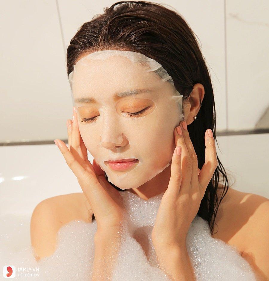 Những lưu ý để đắp mặt nạ giấy đúng cách dưỡng da mềm mịn 6
