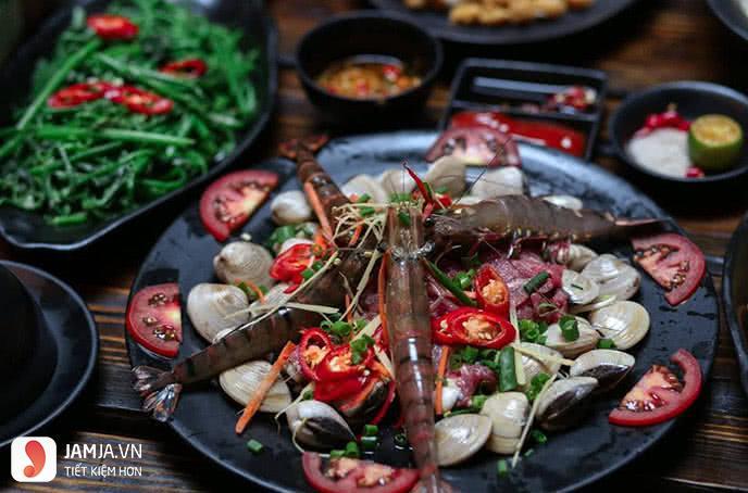 địa chỉ ăn lẩu hải sản ngon ở Hà Nội 4
