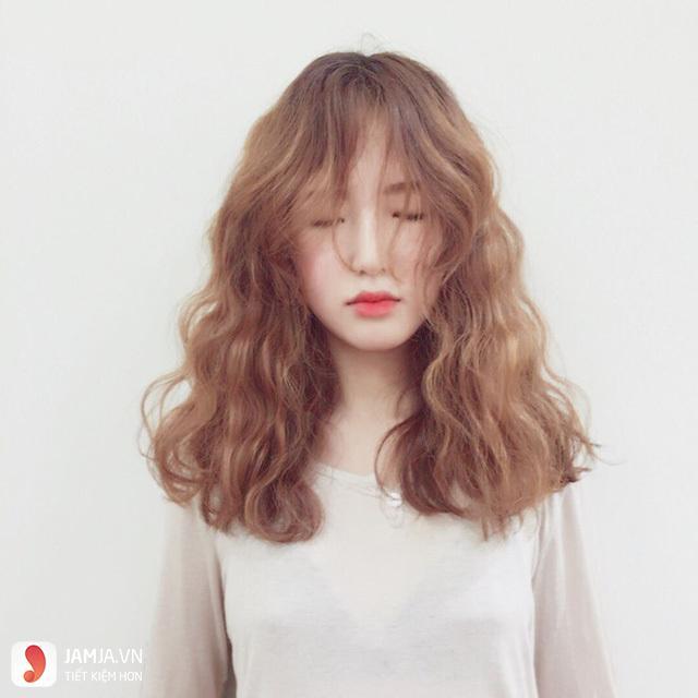 Kiểu tóc xoăn retro 1
