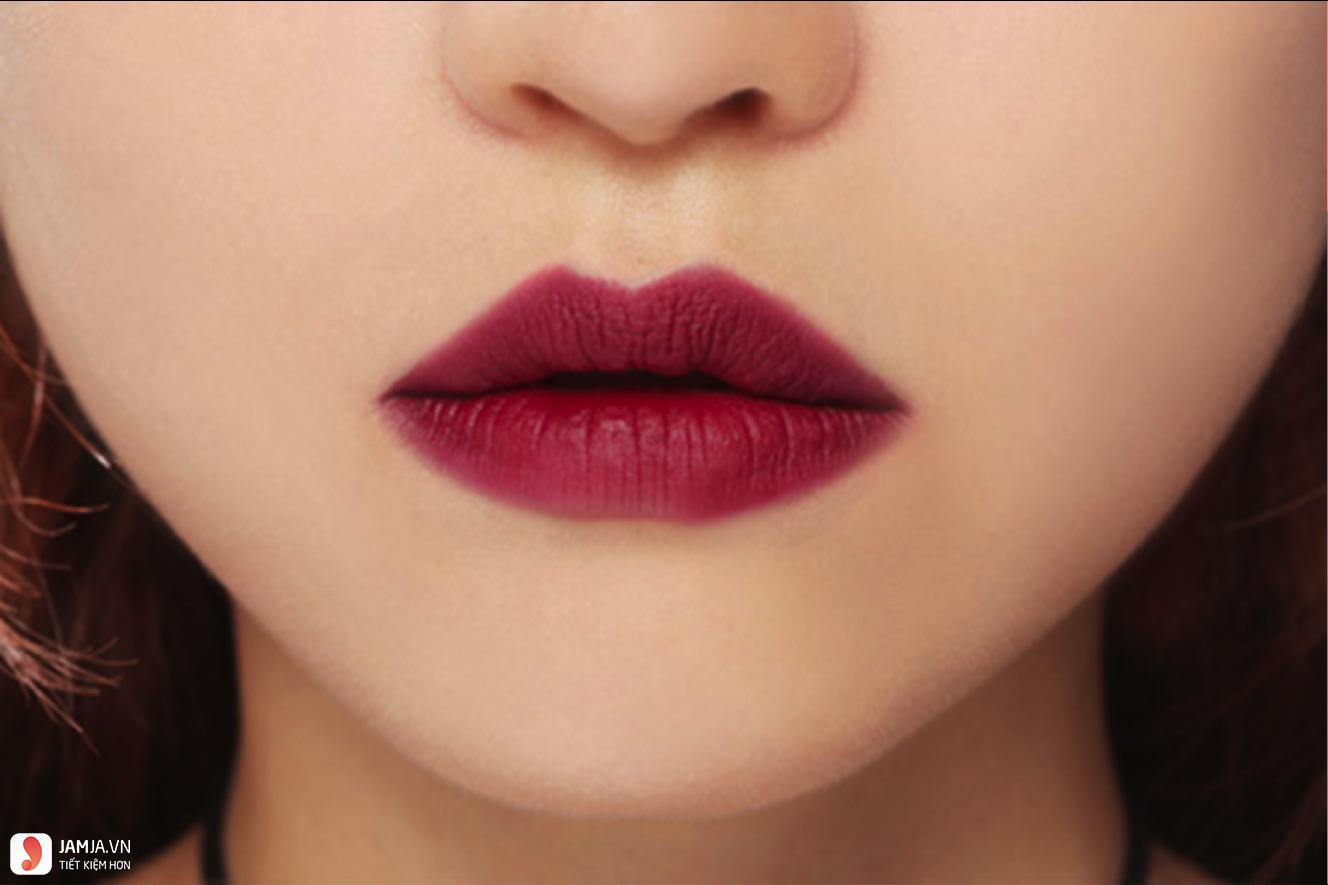Son môi màu đỏ mâm xôi