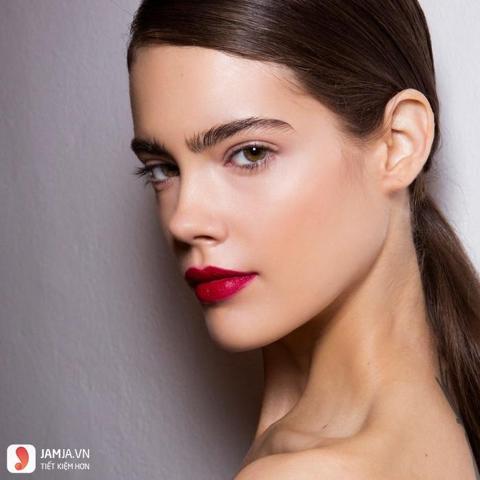 Son môi màu đỏ mâm xôi đẹp