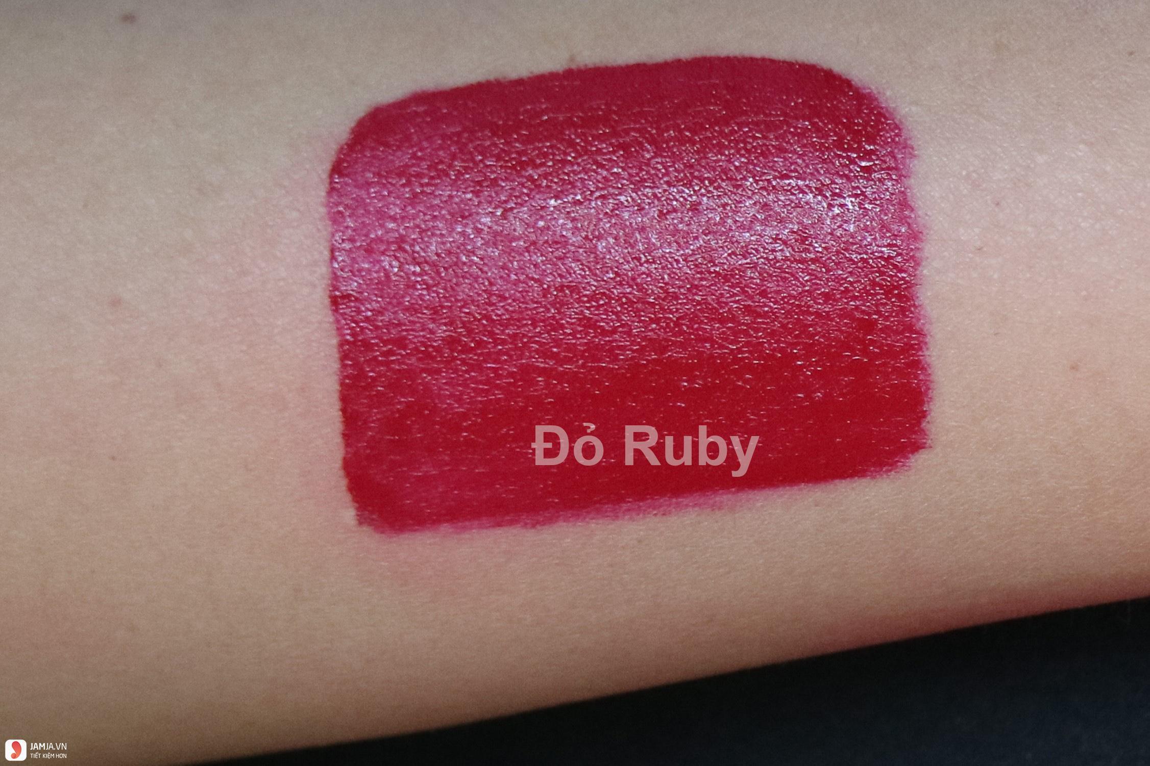 Son môi màu đỏ ruby đẹp