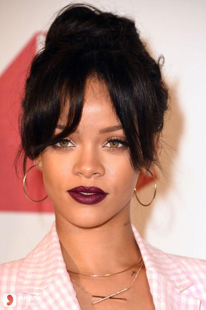 Son môi màu tím sẫm đẹp