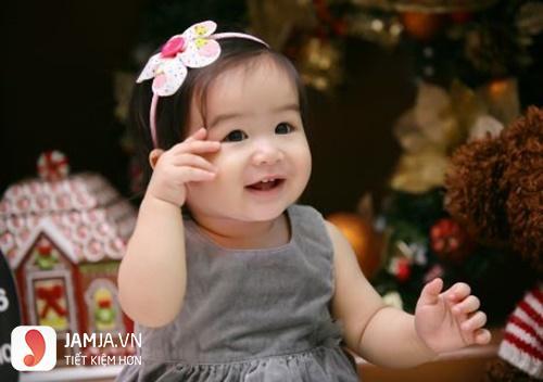 Tóc cài bờm cho bé gái 2 tuổi 2
