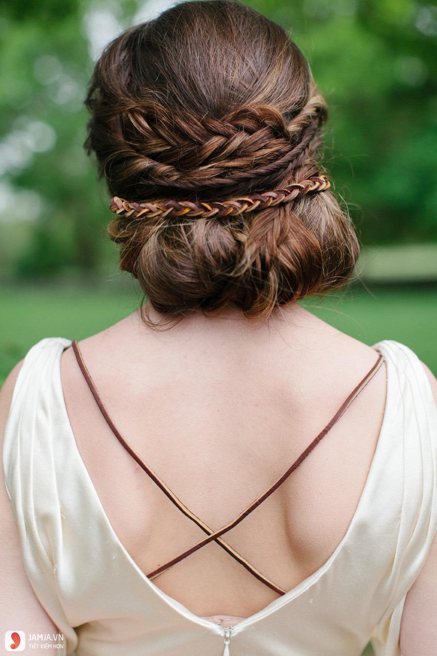 Búi tóc và thắt bím