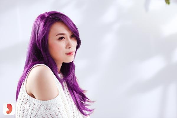 nhuộm tóc màu tím than 4