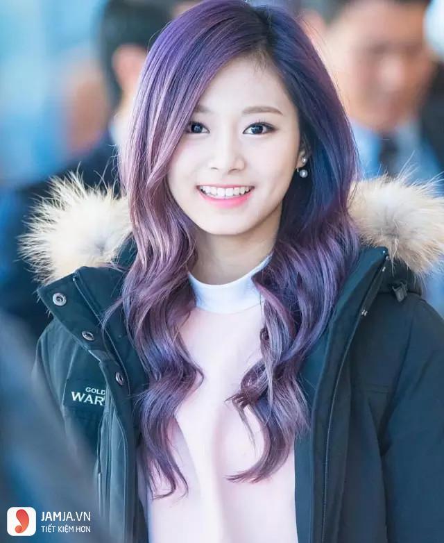 nhuộm tóc màu tím than 2