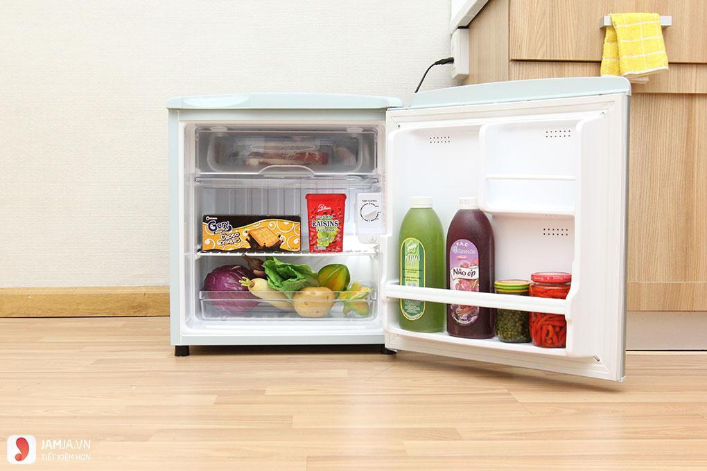 Tủ lạnh giá rẻ dưới 3 triệu Aqua AQR-55AR