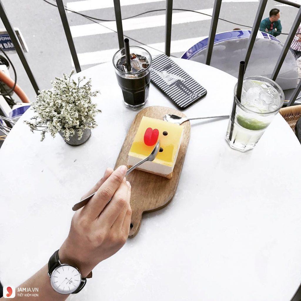 Aroi Dessert Café 5