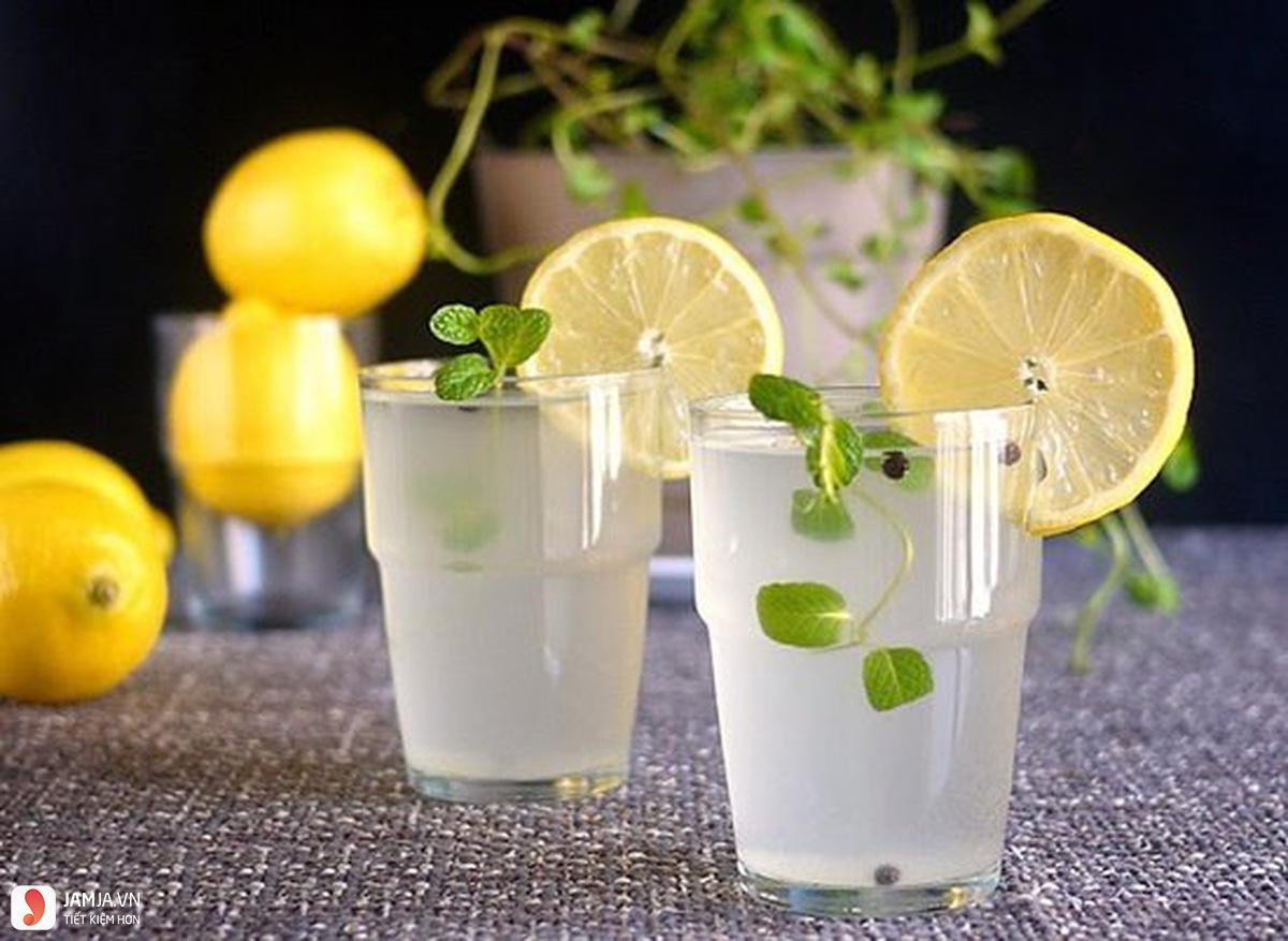 Cách thức pha chế nước chanh uống vào buổi tối 2