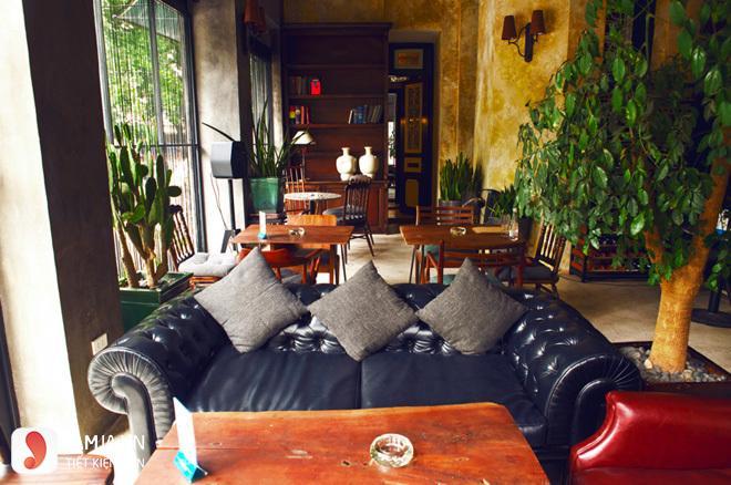 Không gian Cosa Nostra cafe