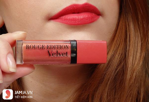 Review sonkem Bourjois Rouge Edition Velvet màu 04