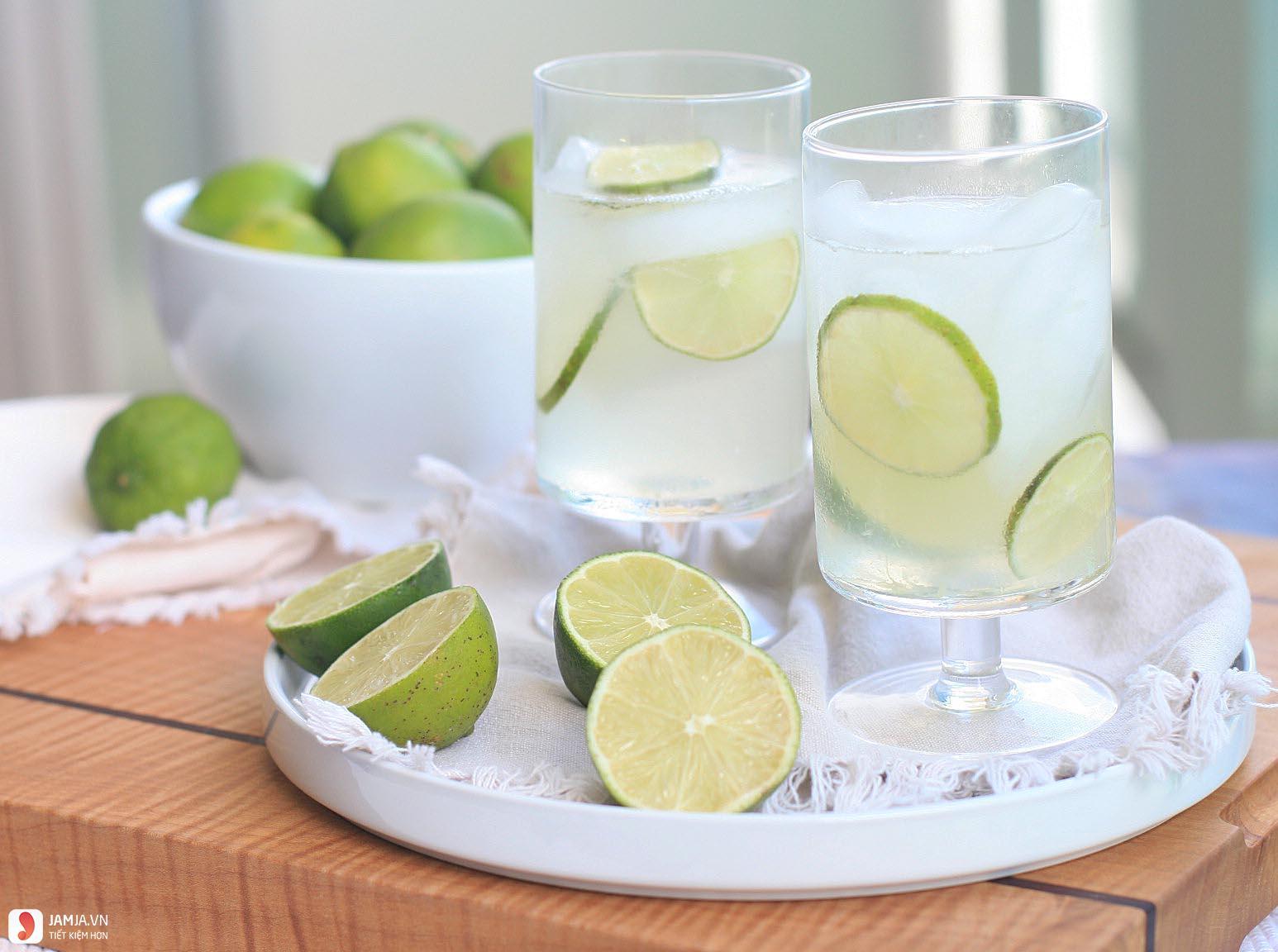 Lưu ý khi uống nước chanh vào buổi tối