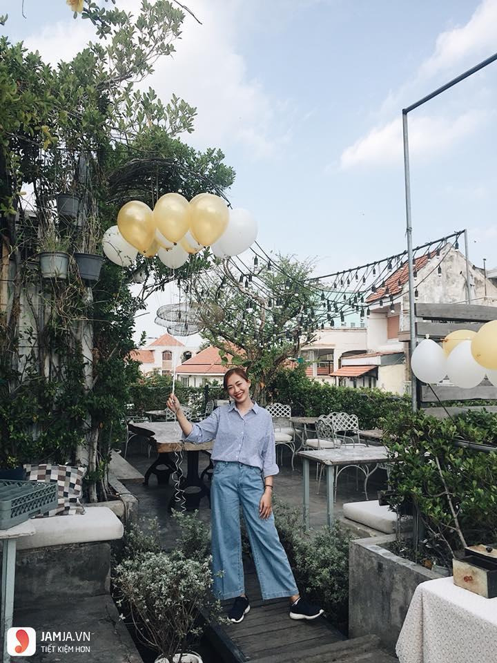 OZ Coffee House 30 Huỳnh Tịnh Của - 2, quán cafe view đẹp ở sài gòn
