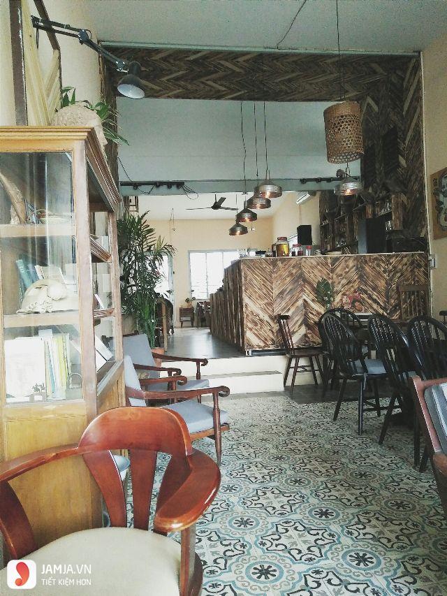 Saigon Retro Cafe không gian bên trong, quán cafe view đẹp ở sài gòn