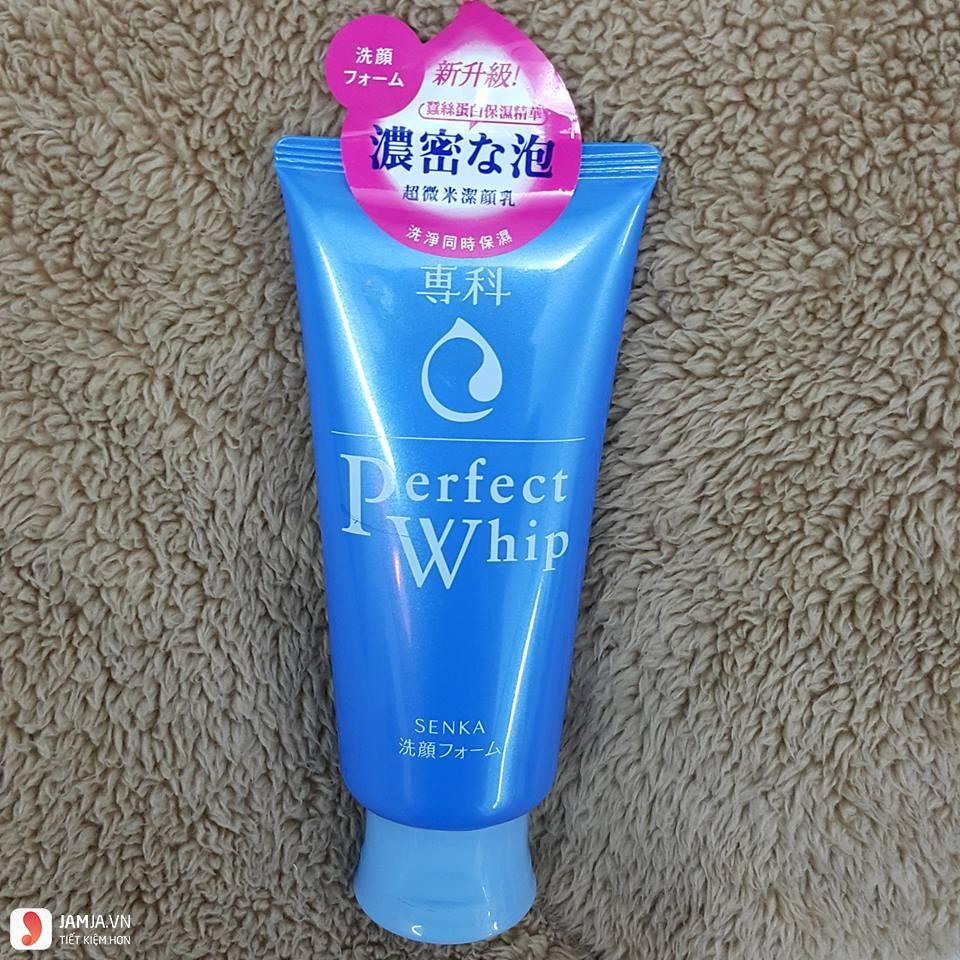 sữa rửa mặt perfect whip có tốt không